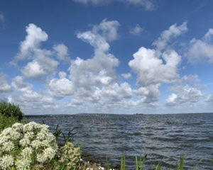 Wolkenparty am Meer
