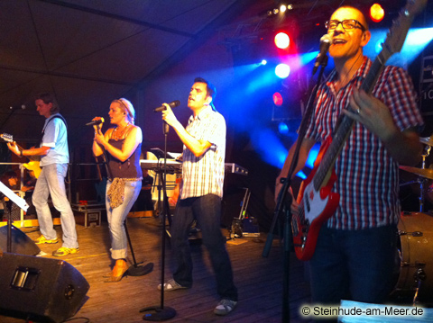 Sunrise - Band im Festzelt