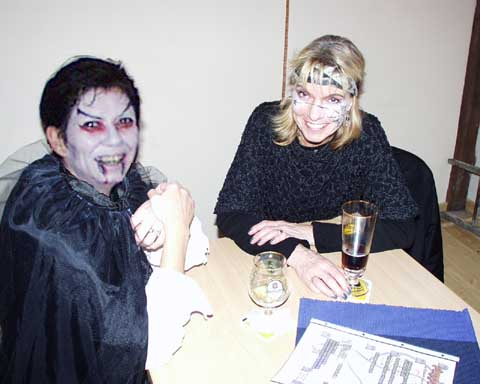 Halloween-Party 2002 im Café Cassis